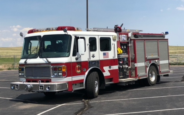 Engine 221 2000 American LaFrance 700 gallon water tank / 1500 gpm pump
